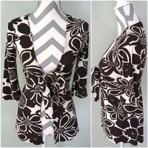 CABI Black White Floral 3/4 Sleeve Wrap Top Shirt